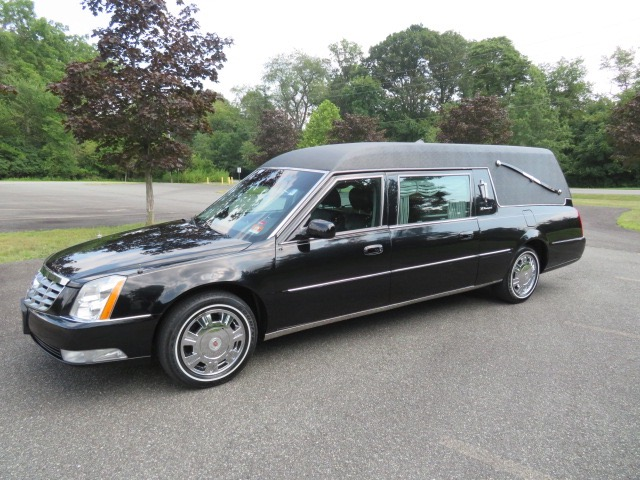 Used 2011 Cadillac S&S Masterpiece Hearse for sale $38,500 at Heritage Coach Company in Pottstown PA